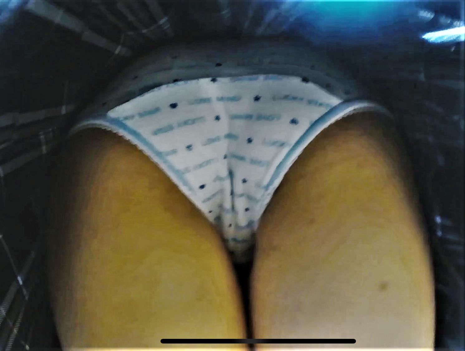 real-amateur-jc-cotton-panty-panchira-peeping