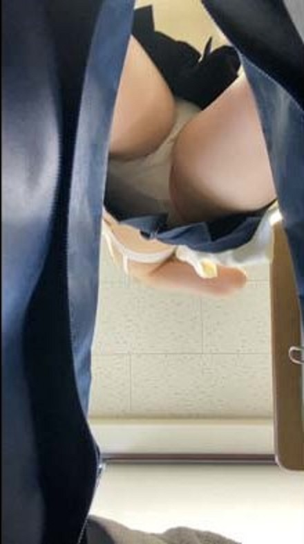 jc-white-panty-panchira-peeping-in-classroom